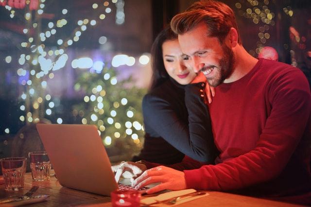 2/3 от хората вече резервират почивките си онлайн