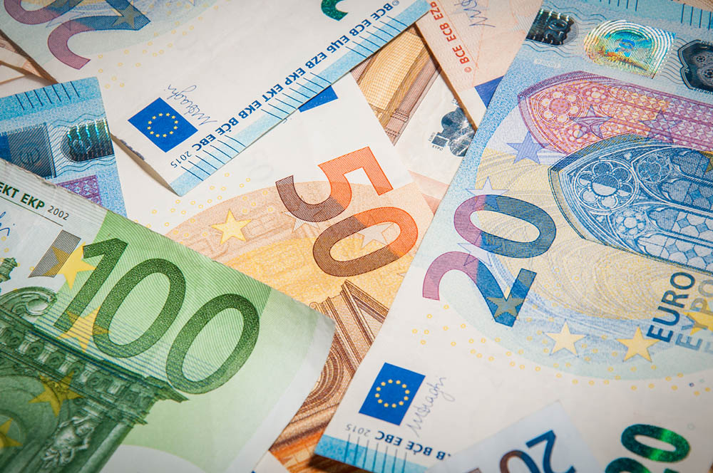 Иван Митев: Гръцкото държавно финансово управление е негодно за евро.