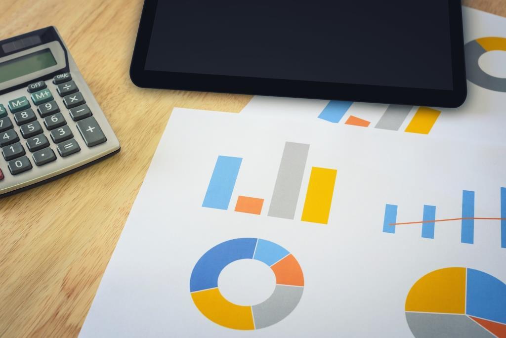 Колко е средната месечна лихва при бързите кредити?