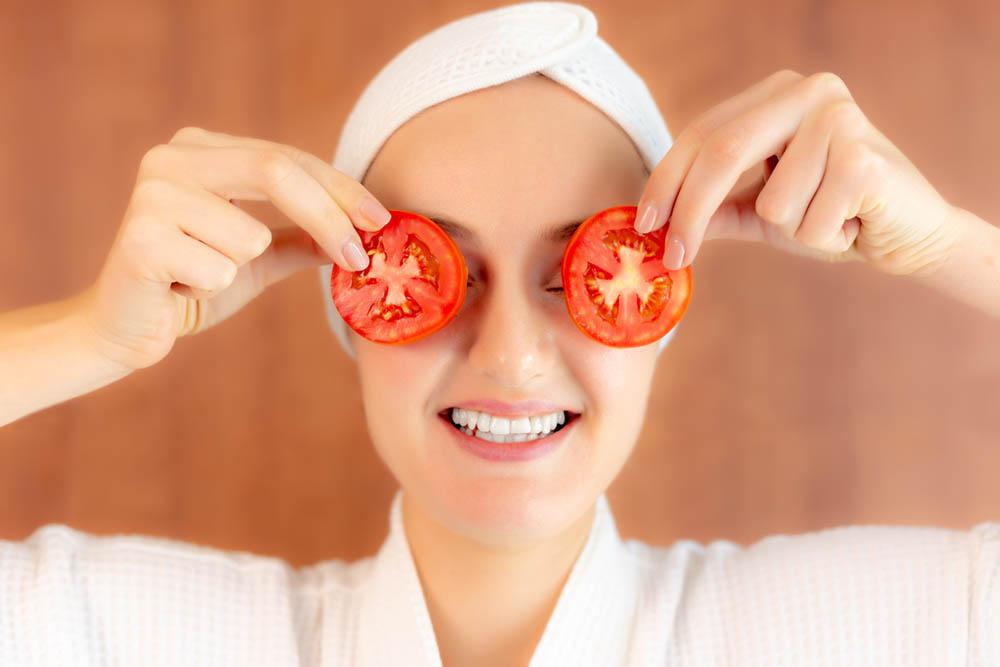 Нестандартни маски за лице с домати